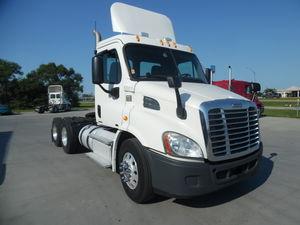 2012 Freightliner Cascadia  CA113
