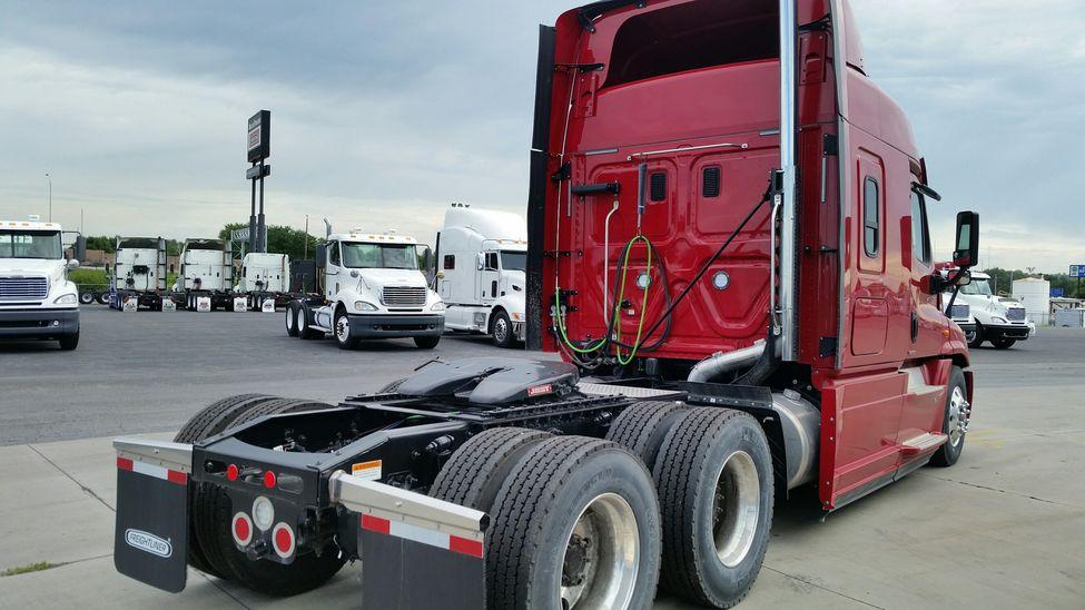 2016 Freightliner Cascadia Evolution Stocknum Gv1820