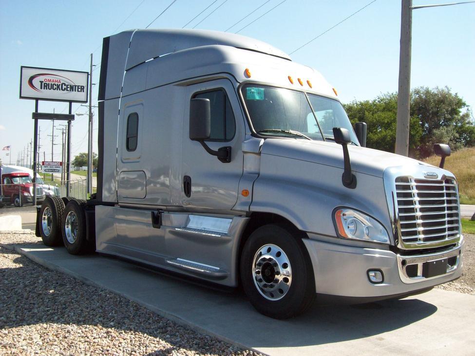 2014 Freightliner Cascadia Evolution StockNum: FU9285