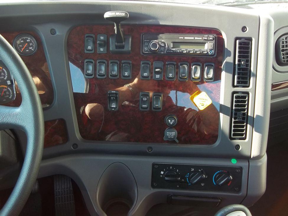 Used Trucks For Sale In Iowa >> 2016 Freightliner SD Series 114 SD StockNum: HJ9663 : Nebraska,Kansas,Iowa