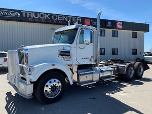 2013 Freightliner SD Series 122SD
