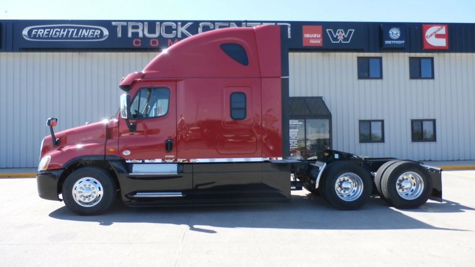 2017 Freightliner Cascadia Evolution Stocknum Hn7912