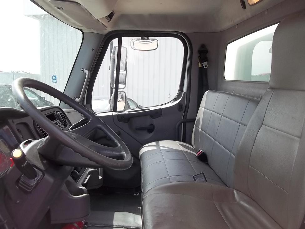 Trucks For Sale In Kansas >> 2006 Freightliner Business Class M2 M2 106 StockNum ...