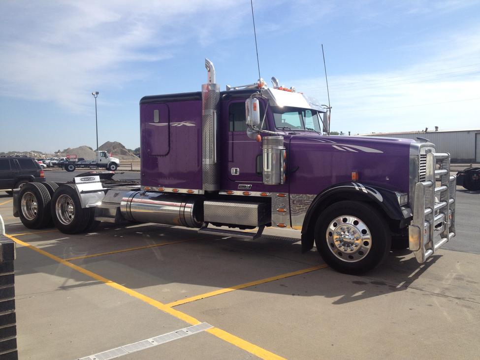 2008 Freightliner FLD FLD Classic XL StockNum: EXC080 : Nebraska ...