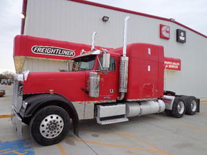 1998 Freightliner FLD  FLD Classic XL