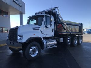 2019 Freightliner SD Series  114 SD