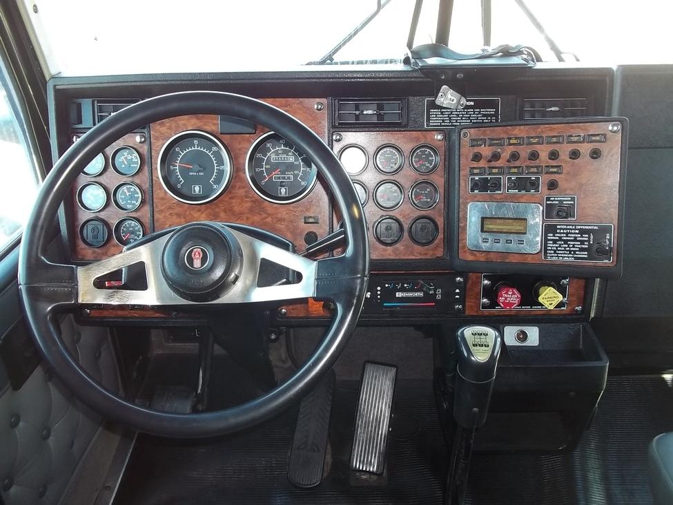 2000 Kenworth T600 Stocknum  Tc1160   Nebraska Kansas Iowa