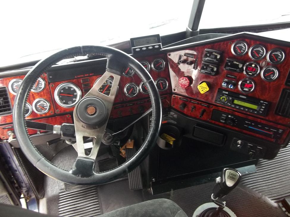 2007 Freightliner Fld Fld Classic Xl Stocknum Og3426 Nebraska Kansas Iowa