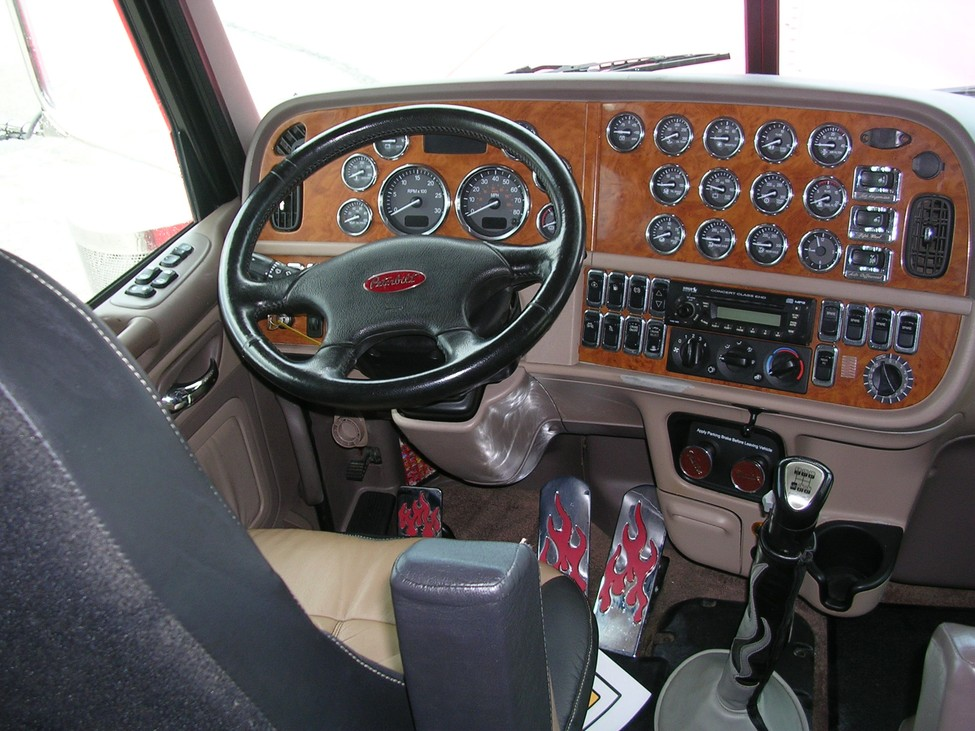 Trucks For Sale In Kansas >> 2007 Peterbilt 379 StockNum: CN1296 : Nebraska,Kansas,Iowa