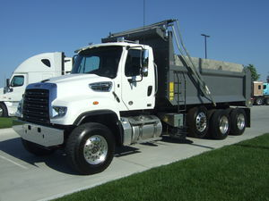 2018 Freightliner SD Series  114 SD