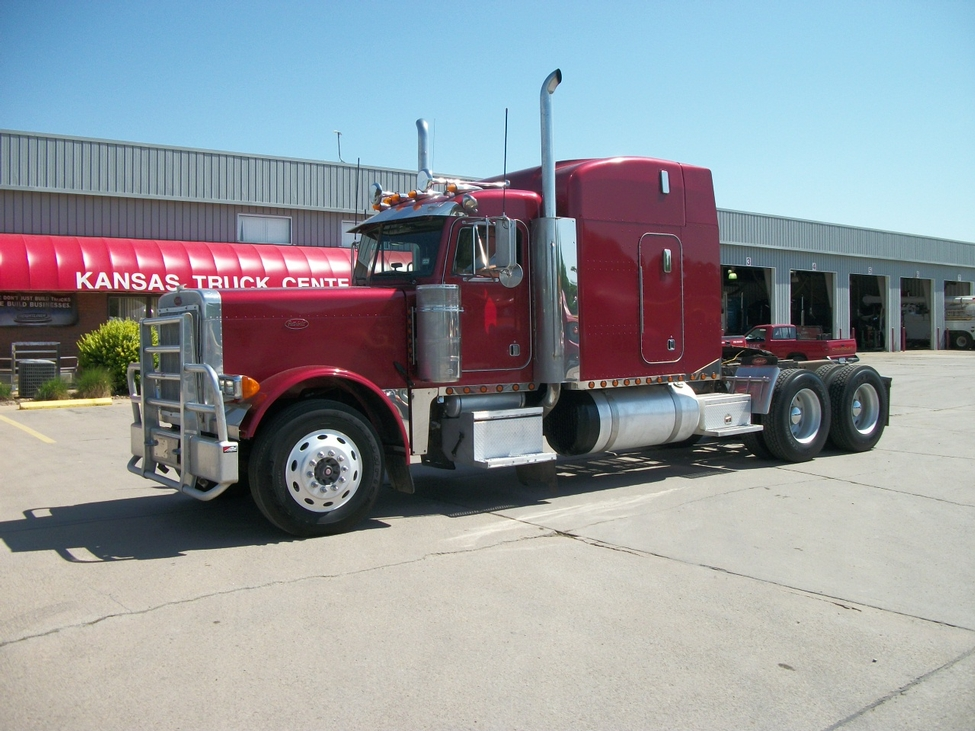 2000 Peterbilt 379 379exhd Stocknum  Ts2288   Nebraska