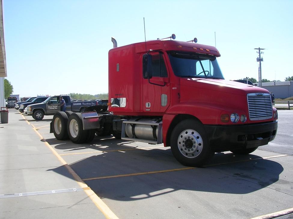Trucks For Sale In Kansas >> 1997 Freightliner Century Class StockNum: CN1483 ...