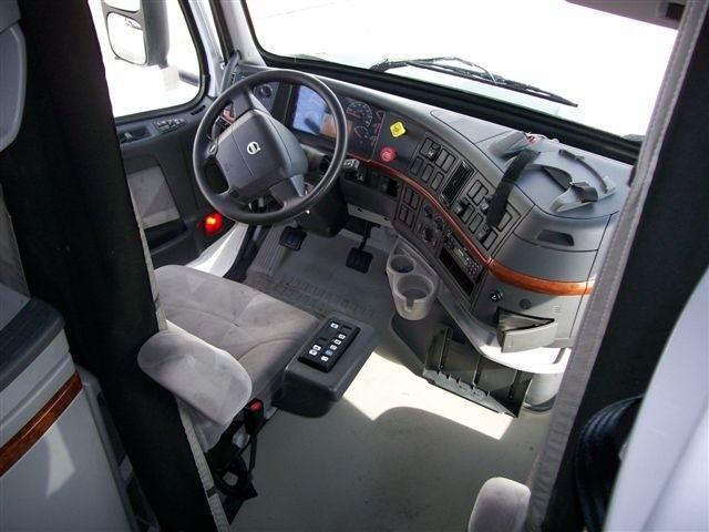 2005 Volvo Vnl Vnl670 Stocknum Og1755 Nebraska Kansas Iowa