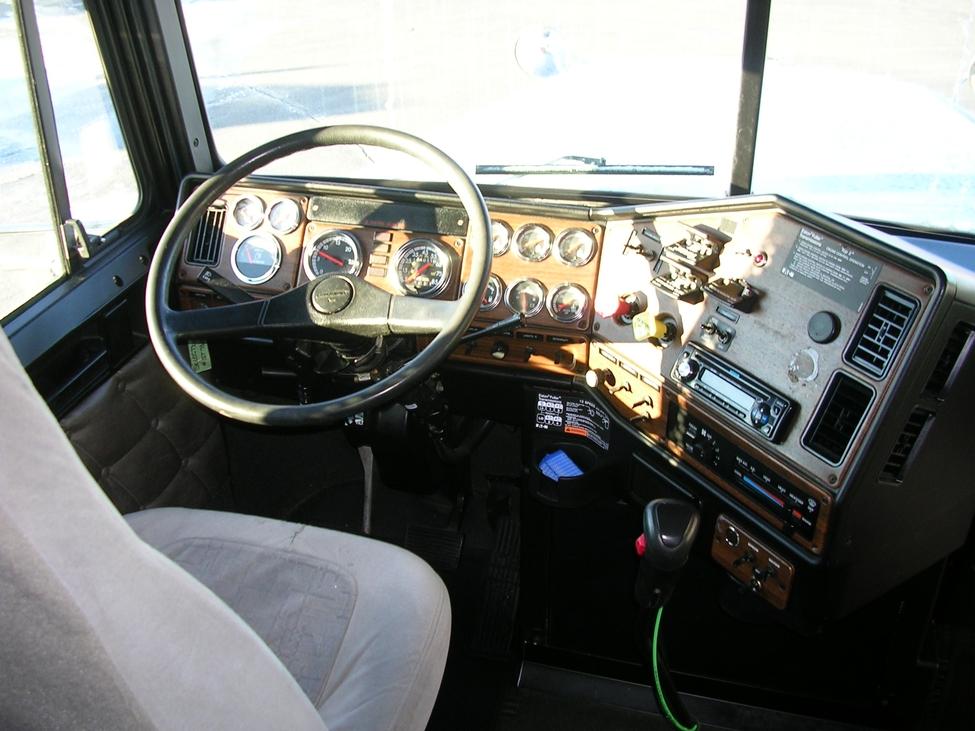 2007 Freightliner Fld Fld Classic Xl Stocknum Og2952 Nebraska Kansas Iowa