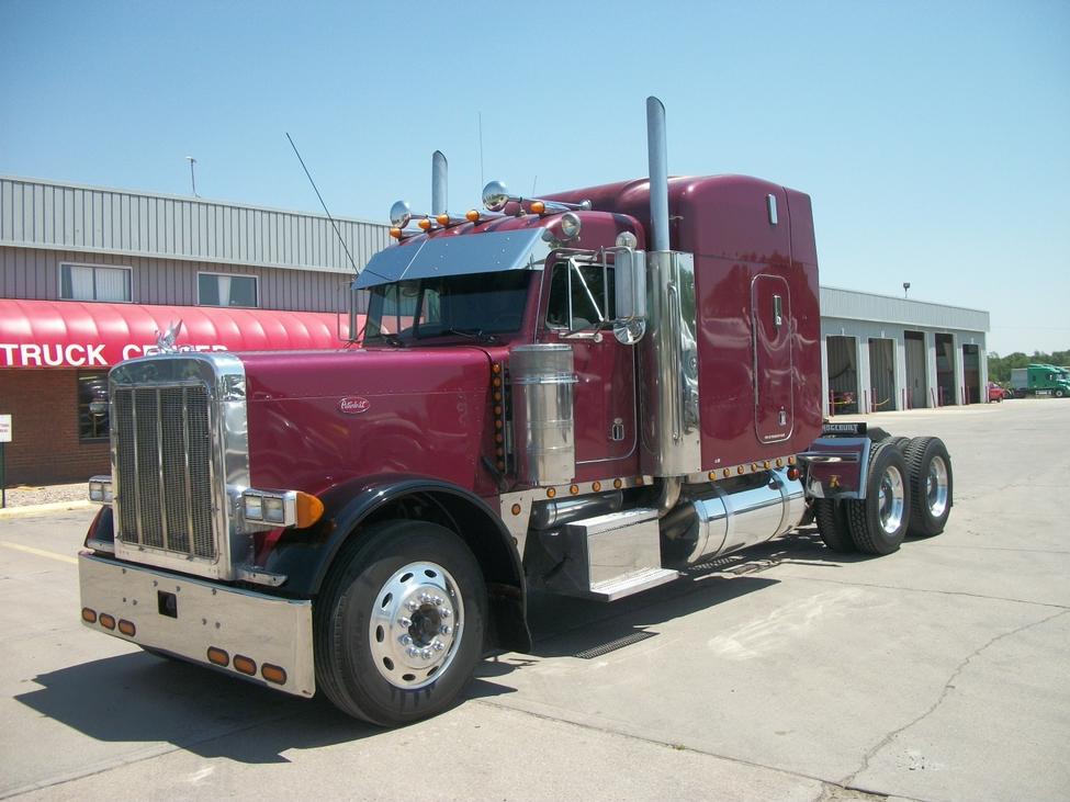 2000 Peterbilt 379 379exhd Stocknum  Ts2376   Nebraska