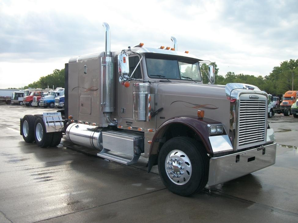2007 Freightliner FLD FLD Classic StockNum: TS2394 : Nebraska ...